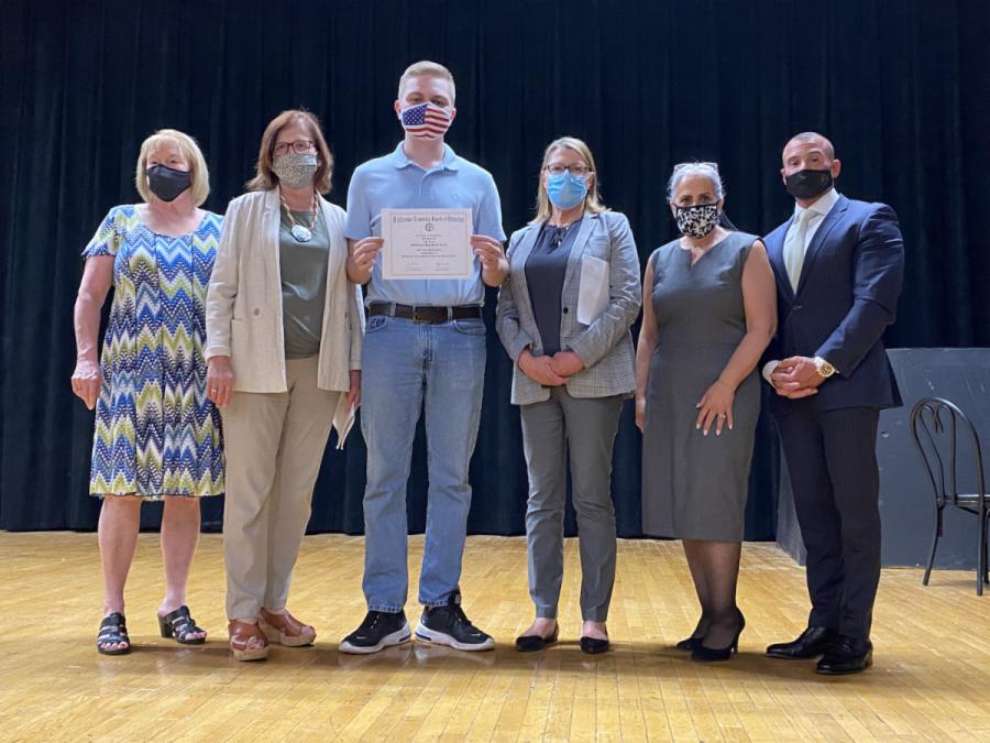 Luke Kratz Receives High School Guidance Caring Award